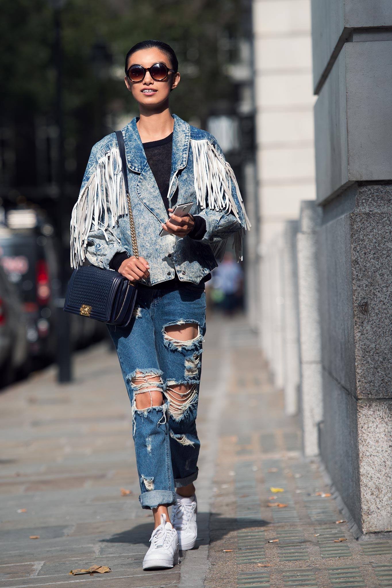 Sissi Hou at London Fashion Week Spring/Summer 2015