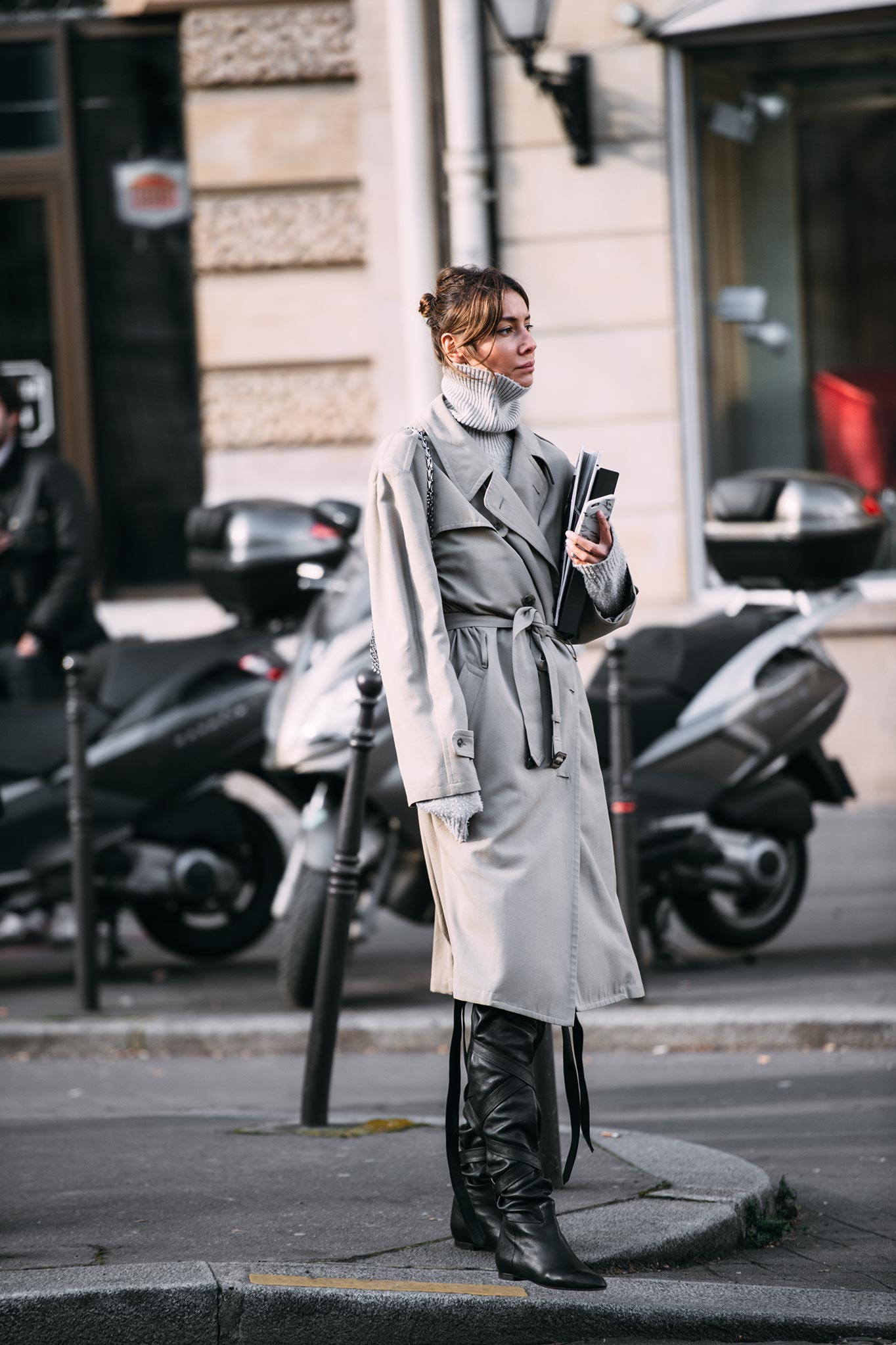 Julie Pelipas at Paris Fashion Week Fall/Winter 2016